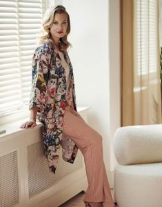 ESSENZA Sarai Famke Rose Kimono XS