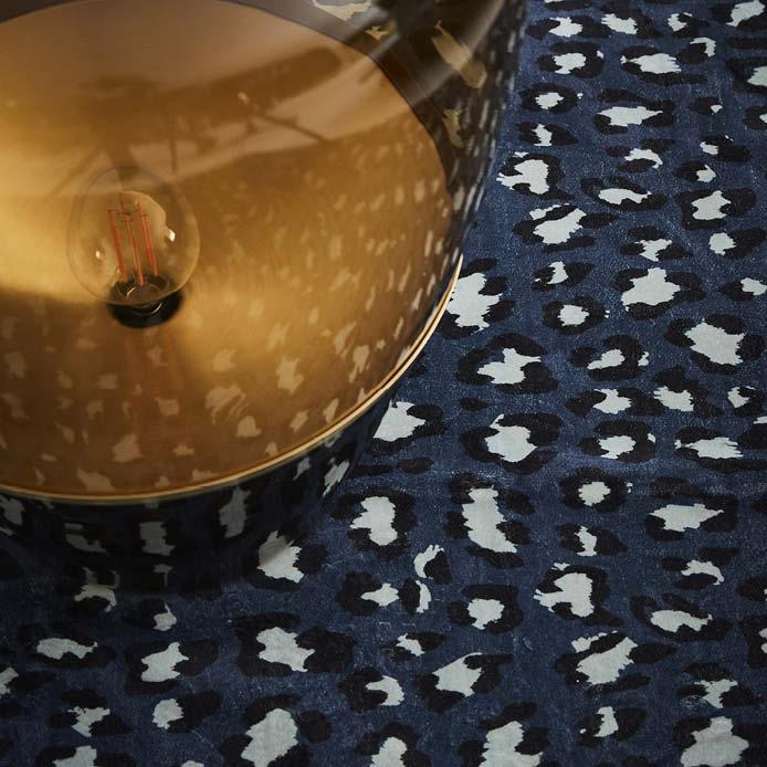 ESSENZA Bory Teppich Blau