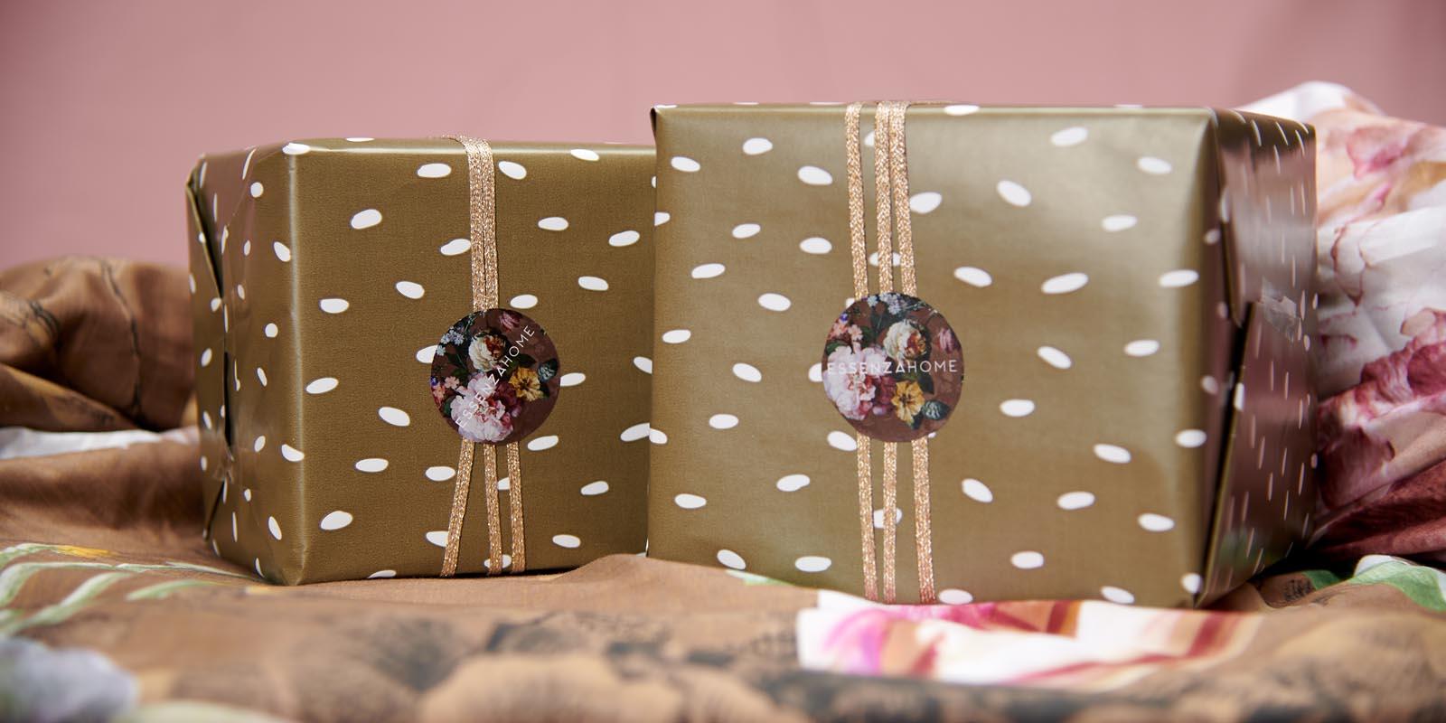 Weihnachtspakete nach Wunsch zusammenstellen